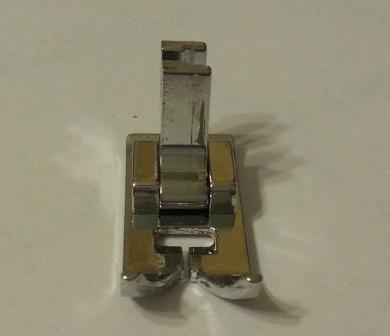 Универсальная лапка для швейной машины