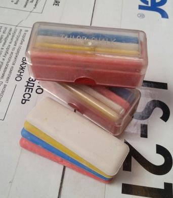Набор цветных восковых мелков для шитья
