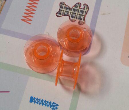 Шпульки для швейных машин